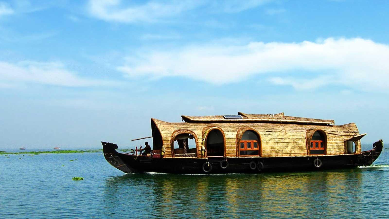 Kumarakom travel places